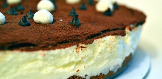Cheesecake gelato con cioccolato